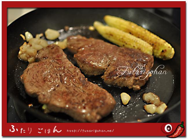 鉄フライパンでステーキ